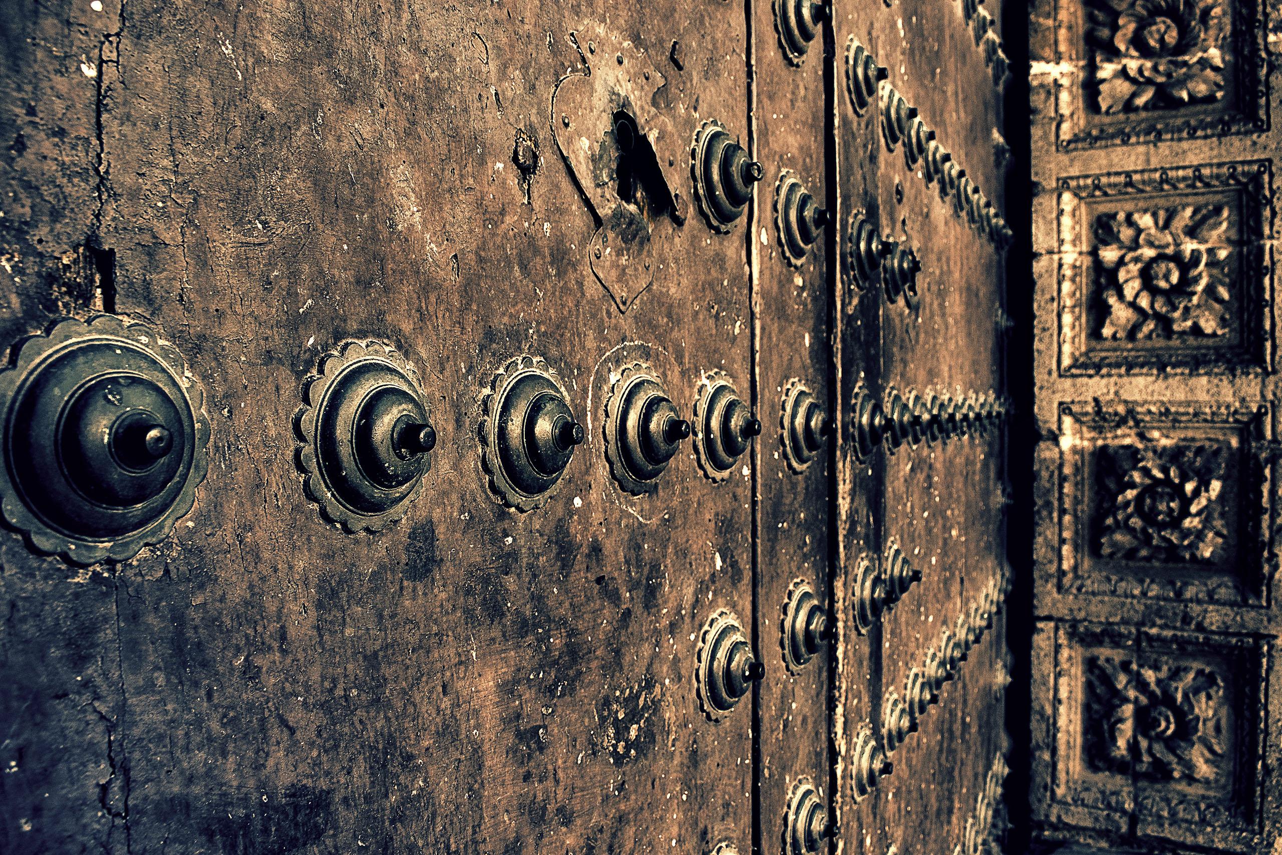 puerta de catedral