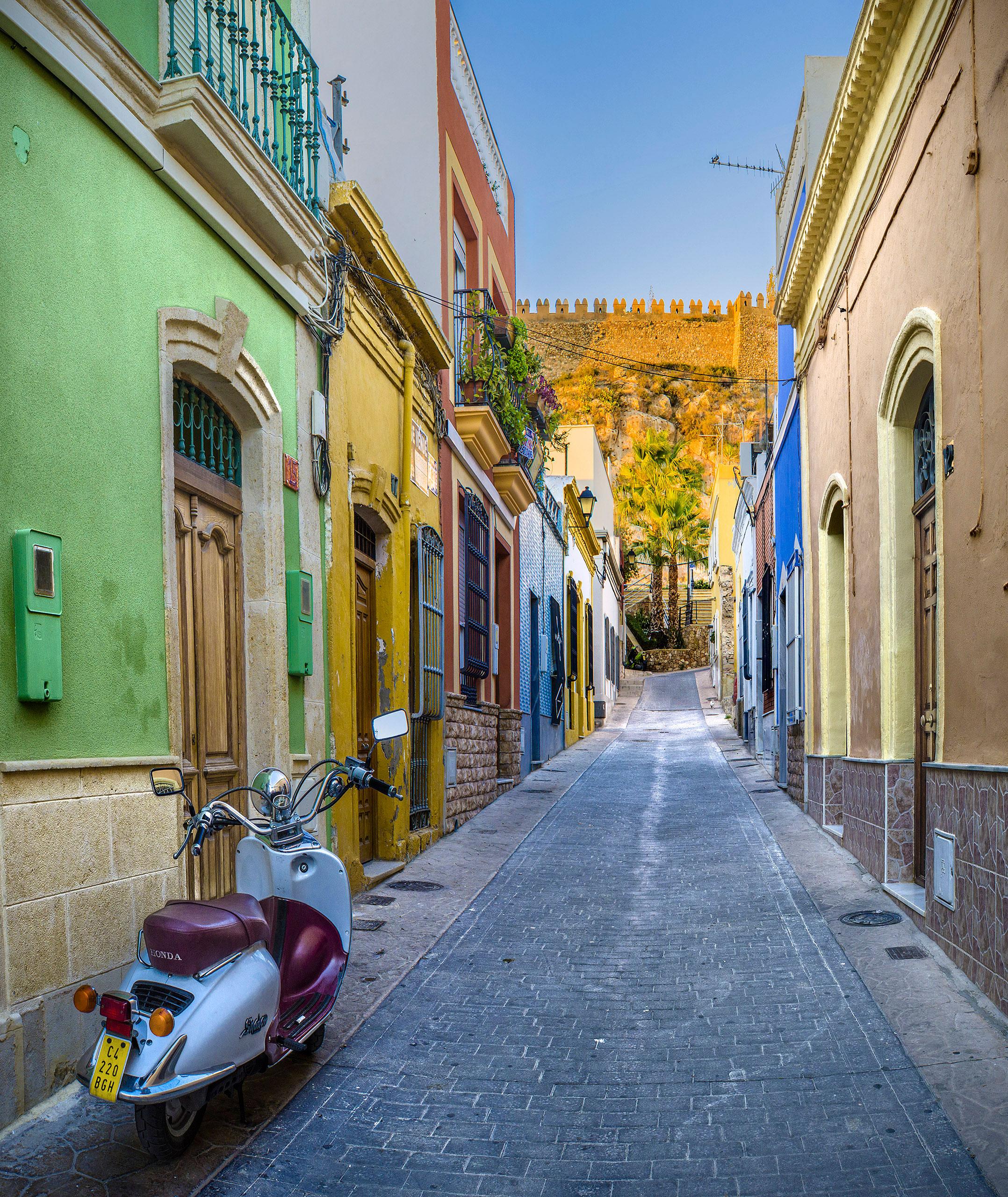 calle almedina